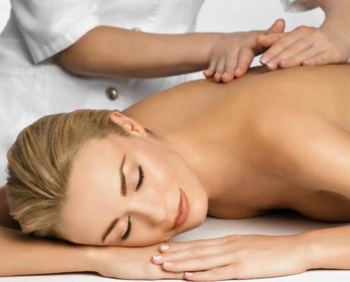 1-Massaggio-connettivale-1-495x400 Massoterapia Napoli