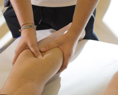 massaggio-sportivo-04-495x400 Massoterapia Napoli