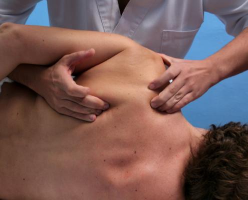 massaggio-sportivo-05-495x400 Massoterapia Napoli