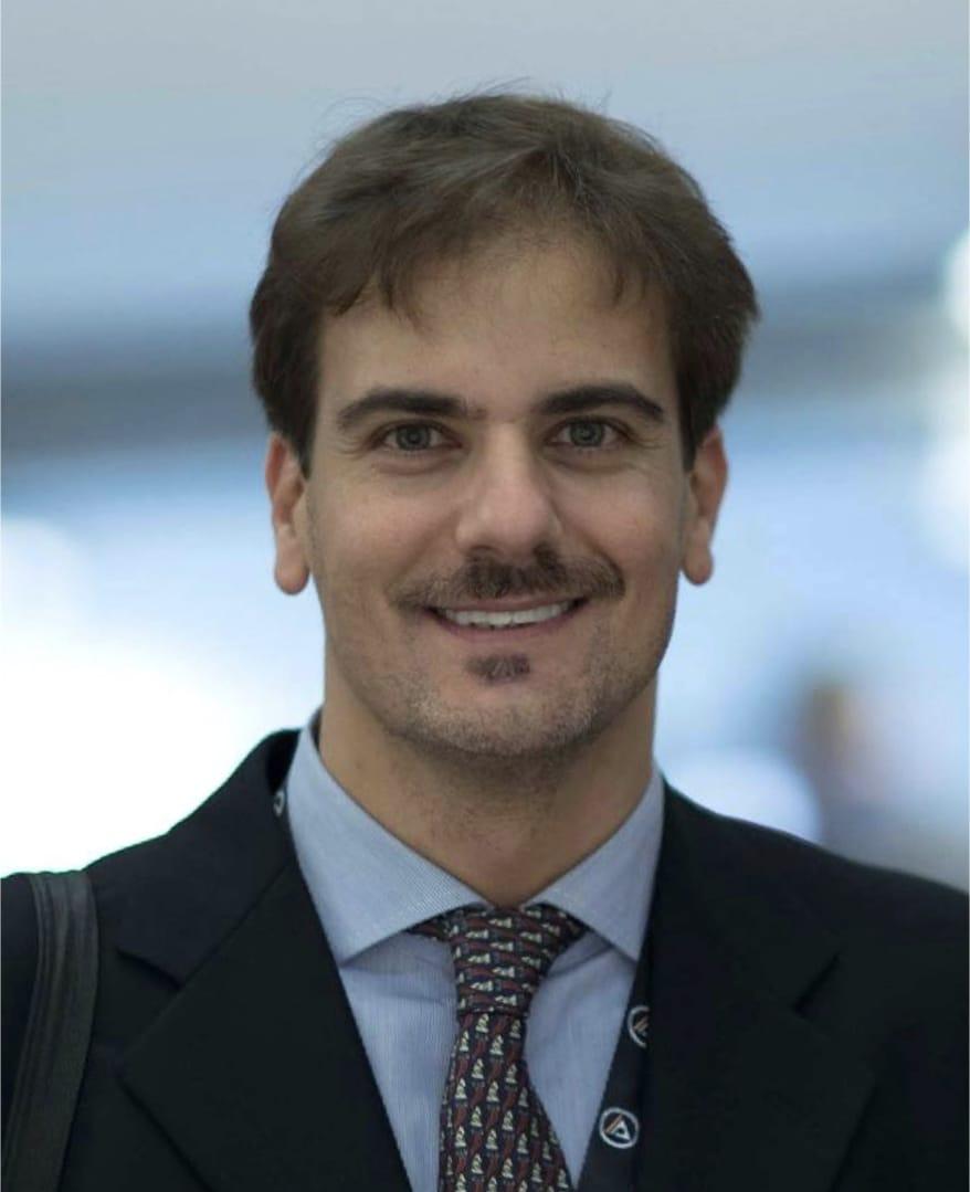 Roberto-sorrentino-Odontoiatra-Fisioparthenophe Scheda Dott.re Roberto Sorrentino